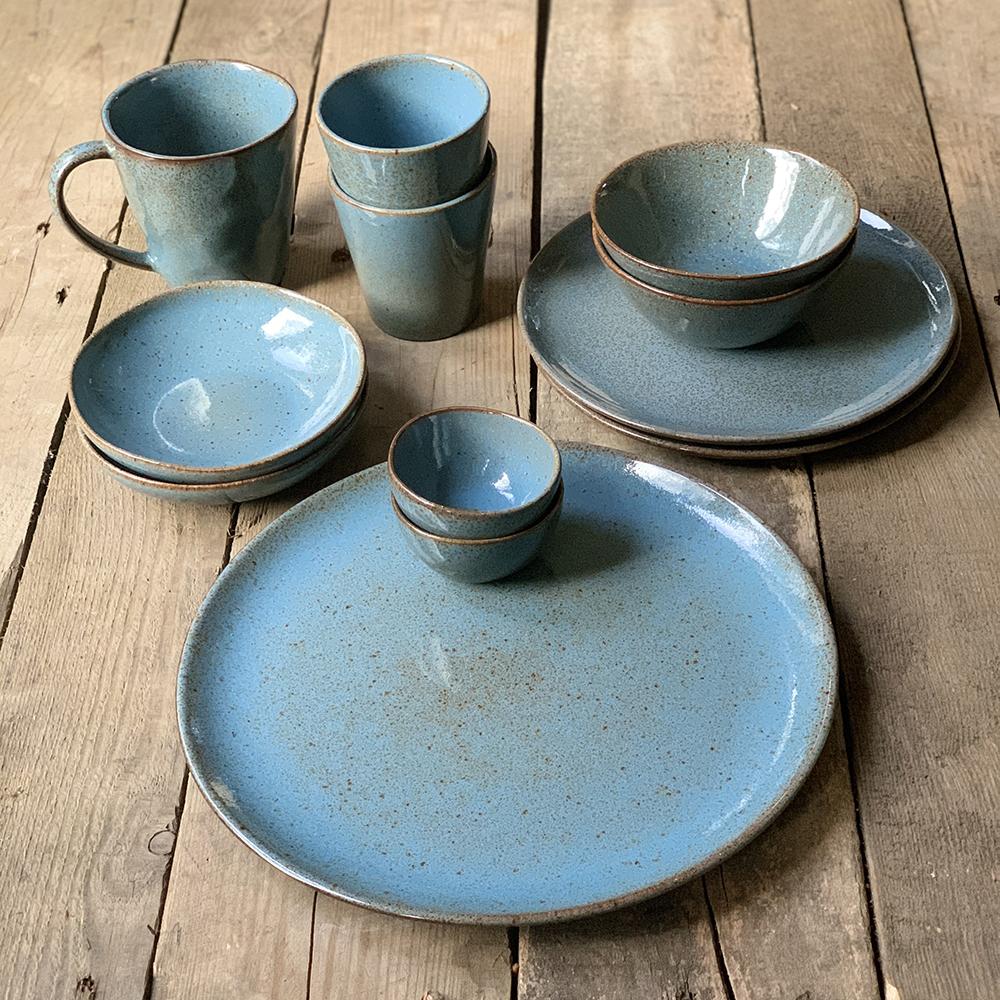 blauw servies bakkerij frank rood van het merk: Kitchen Trend Products, Materiaal: Stoneware, Vaatwasbestendig