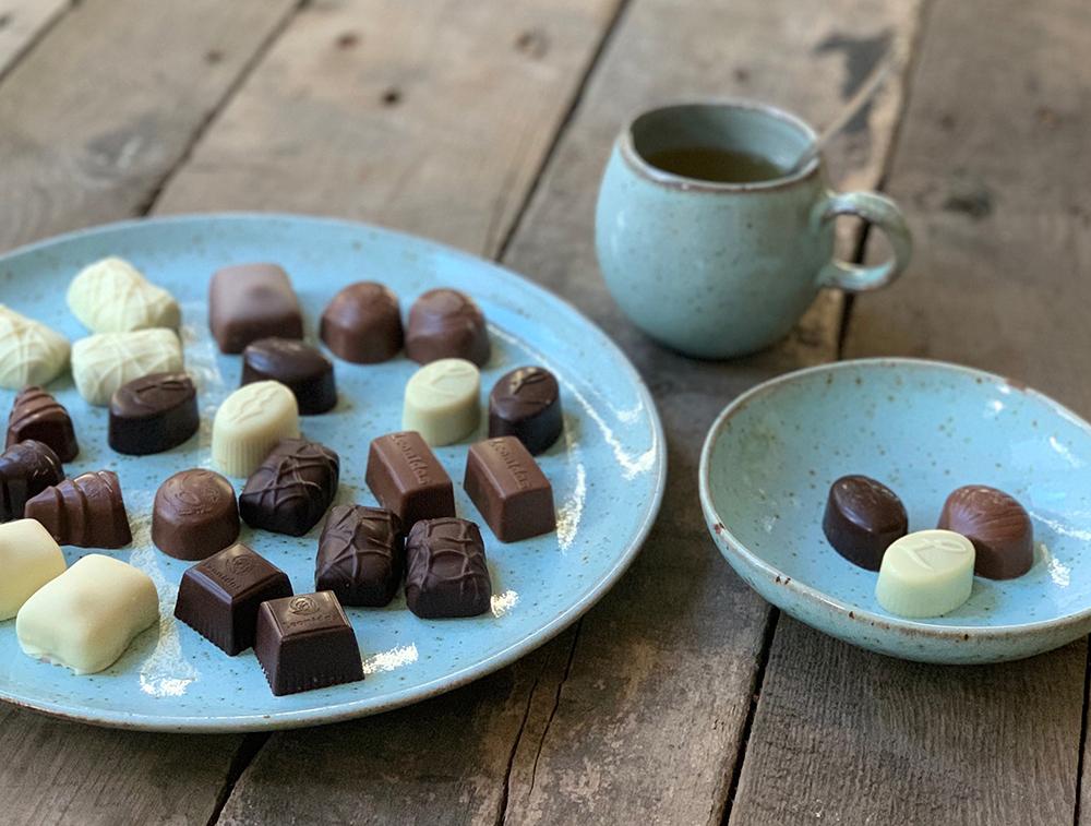 leonidas chocolade bonbons bakkerij frank rood